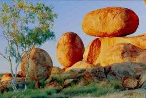 Devils Marbles  Image from http://goaustralia.about.com/